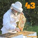 Beekeeping in Northern Ireland with Michael Young MBE…KM043
